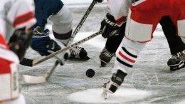 Видео: тренера детской хоккейной команды обвинили визбиении юного игрока