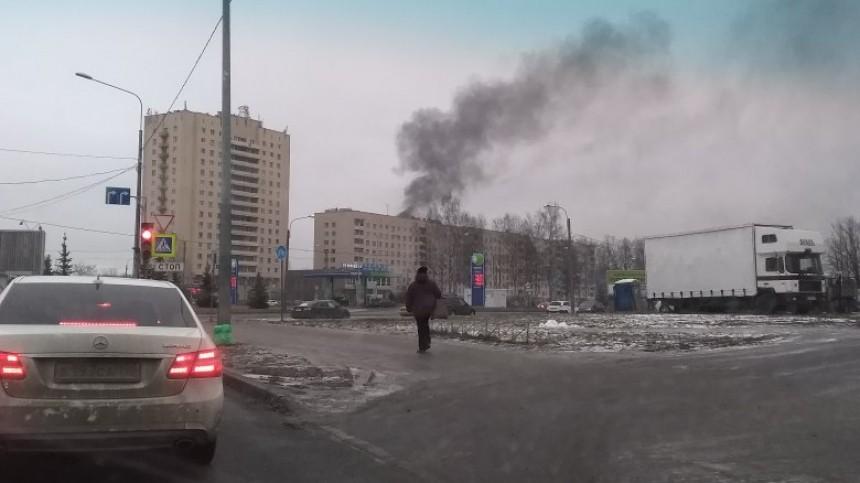 ВПетербурге горит двухэтажное общежитие