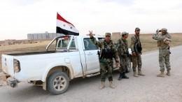 Лавров: террористы обстреливают гуманитарные коридоры всирийском Идлибе
