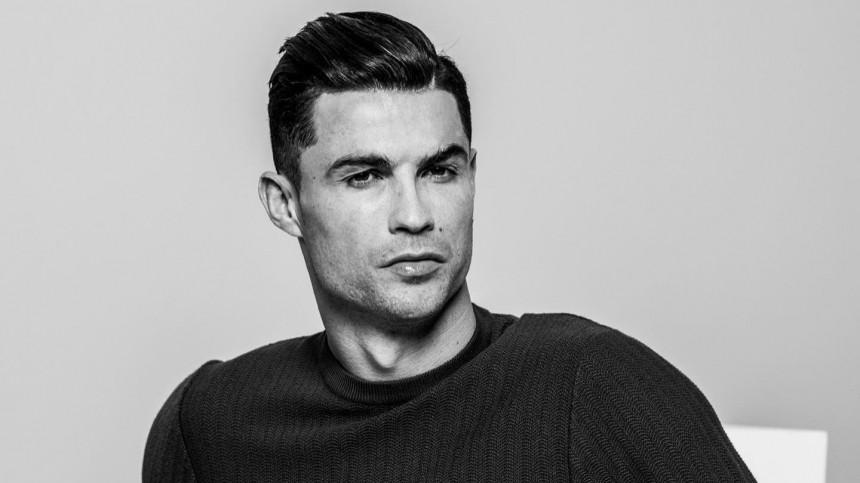 «Безобразная ибезличная вещь!»— фанаты раскритиковали Роналдо залицемерие