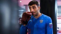 «Онсказал, что никого небил»: Тренер Кушиташвили озадержании боксера