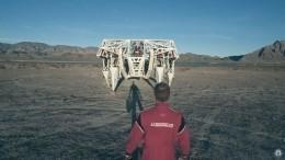 Видео: огромный 4-метровый экзоскелет внесли вКнигу рекордов Гиннесса