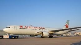 Лайнер Air Canada сосломанным шасси благополучно приземлился вМадриде