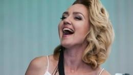 Видео: певица Анна Бутурлина поделилась эмоциями перед выступлением на«Оскаре»