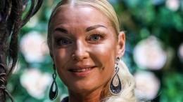 «Никакое время надо мной невластно»: Волочкова разоткровенничалась сфанатами