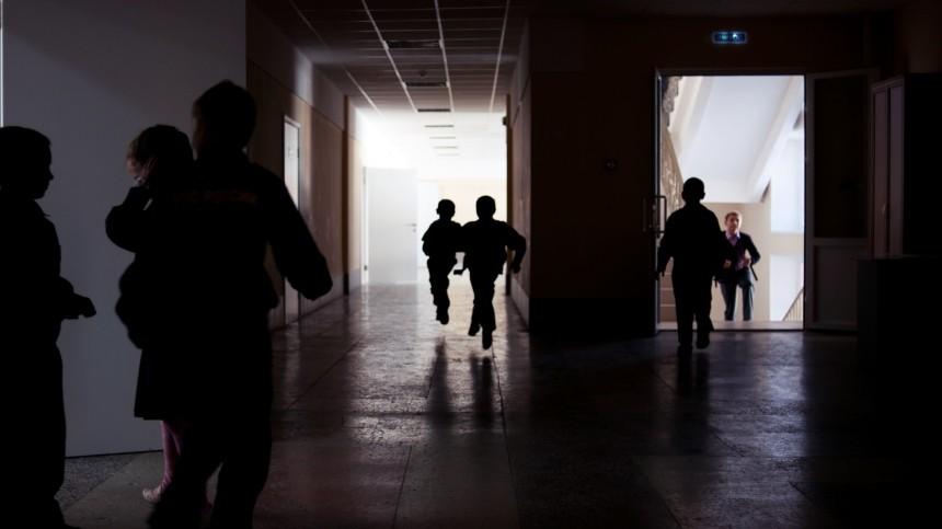 Опубликована интимная переписка «учителя года» идевятиклассника изАстрахани