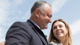«Благословение для мужчины»: президент Молдавии трогательно поздравил жену сднем рождения