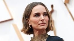 Натали Портман обвинили влицемерии из-за наряда на«Оскаре»
