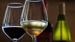 Эксперты Роскачества назвали лучшие вина для ужина вДень всех влюбленных