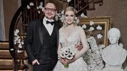 Зверев похвалил свадебное платье Лены Лениной ипредсказал ейскорый развод