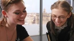 Звезды сериала «Неродись красивой» объединились спустя 15 лет для благого дела