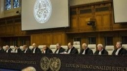 Суд вГааге обязал Россию выплатить 50 миллиардов евро бывшим акционерам ЮКОСа