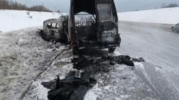 Четыре человека погибли вогненном ДТП вПермском крае— фото сместа