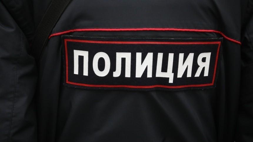 Пятеро бандитов вформе полицейских ограбили семью московского юриста