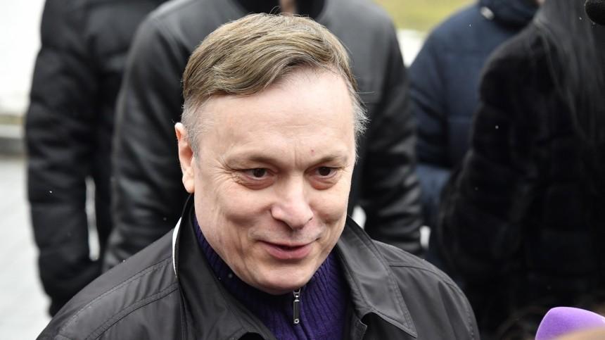 «Никто нехочет отнего денег»: Разин рассказал осложных отношениях сШатуновым