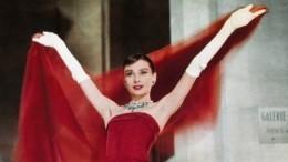 ТОП-5 самых знаменитых платьев Юбера деЖиванши