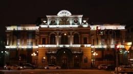 Ветер сорвал крышу БДТ имени Товстоногова вСанкт-Петербурге