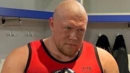 Максим Новоселов одержал сокрушительную победу над Игорем Кузнецовым