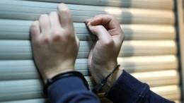 Таксист изнасиловал несовершеннолетнюю, которая несмогла оплатить поездку