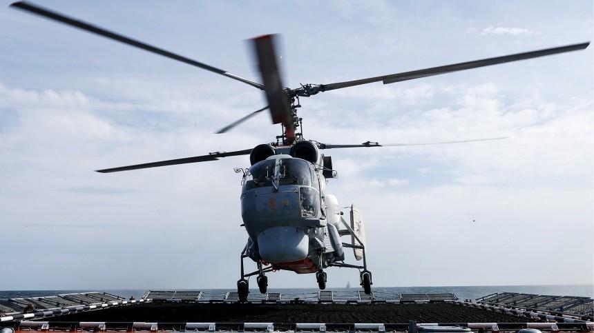 Видео приземления корабельного вертолета Ка-27ПС Тихоокеанского флота нашоссе наКамчатке