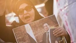 Чем известен скончавшийся экс-президент Египта Хосни Мубарак