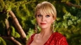 «Очень красиво»: Валерия вплатье сглубоким декольте восхитила Анну Нетребко