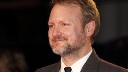 Режиссер «Звездных войн» рассказал озапрете кинозлодеям использовать iPhone