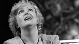 Звезда фильма «Раба любви» Елена Соловей вышла всвет после смерти мужа