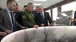 Путин осмотрел макет панорамы боя 6-й десантной роты вЧечне