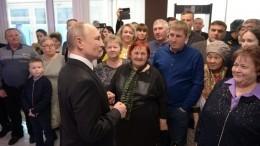 Путин встретился сродственниками погибших вЧечне десантников 6-й роты