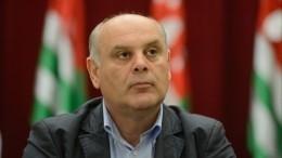Кандидат впрезиденты Абхазии экстренно госпитализирован идоставлен вКраснодар