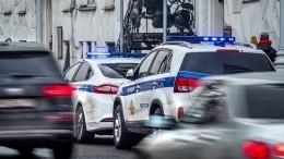 Вооруженный мужчина ограбил магазин иобстрелял случайных прохожих вКраснодарском крае