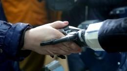 Люк Скайуокер из«Звездных войн» подарил девочке протез