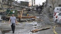 Почти 20 человек погибли из-за мощнейшего торнадо вСША— видео разрушений