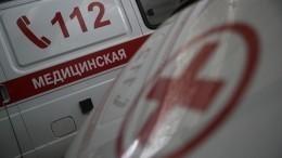 Таксист сбаллончиком набросился напассажиров сребенком вПетербурге— видео