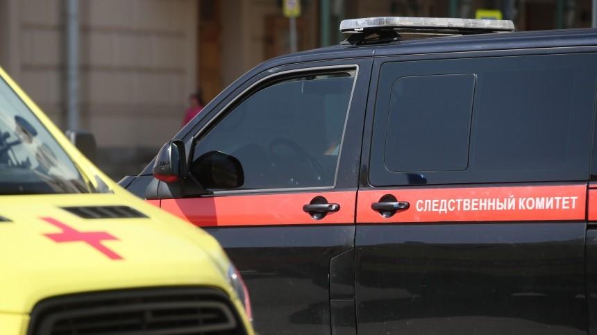 Наместо, где забаррикадировался вооруженный мужчина, прибыл глава СКпоПетербургу