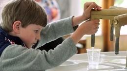 Немецкие эксперты рассказали, как стакан воды натощак влияет наздоровье