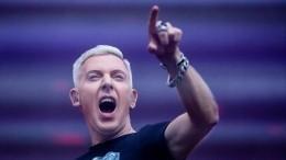 Фронтмен Scooter пришел втотже петербургский паб, где отдыхал вокалист Iron Маiden