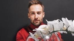 Шепелев призвал обсудить сменившего его ведущего обнаженным фото вдуше