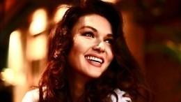 «Скоро замуж?!»— Юлия Такшина примерила свадебное платье