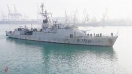 Кораблям НАТО близ Крыма мешают вести разведку российские РЭБ