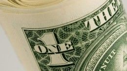 Курс доллара наForех превысил отметку в82 рубля