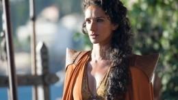 Звезда «Игры престолов» Индира Варма заразилась коронавирусом