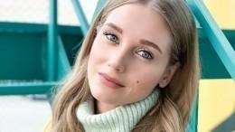 «Как две капли»: Кристина Асмус похвасталась младшей сестрой
