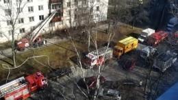 ВПетербурге мужчина погиб при пожаре всобственной квартире