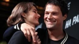 «Под охраной»: Зуева впервые показала фото дочери Козловского