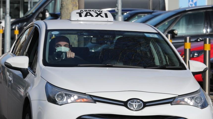 Продолжение эпопеи #везименямразь: пьяная пассажирка такси устроила скандал под Нижним Новгородом