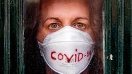ВИране отCOVID-19 скончался журналист, который «наспор» облизывал святыни
