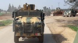 Террористы подорвали турецкий патруль вИдлибе