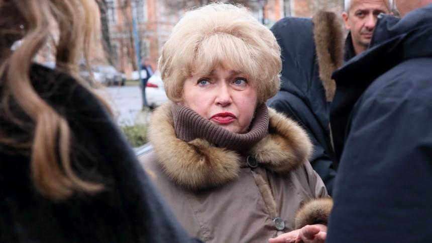 Мать Ксении Собчак госпитализирована вКоммунарку